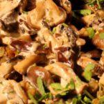 Winterse ovenschotel met linzen en pompoen