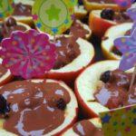 Traktatie appels met nootjes en chocolade
