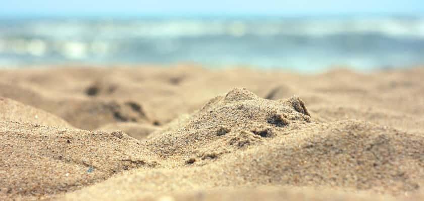 Natuuractiviteit microwandeling door zand